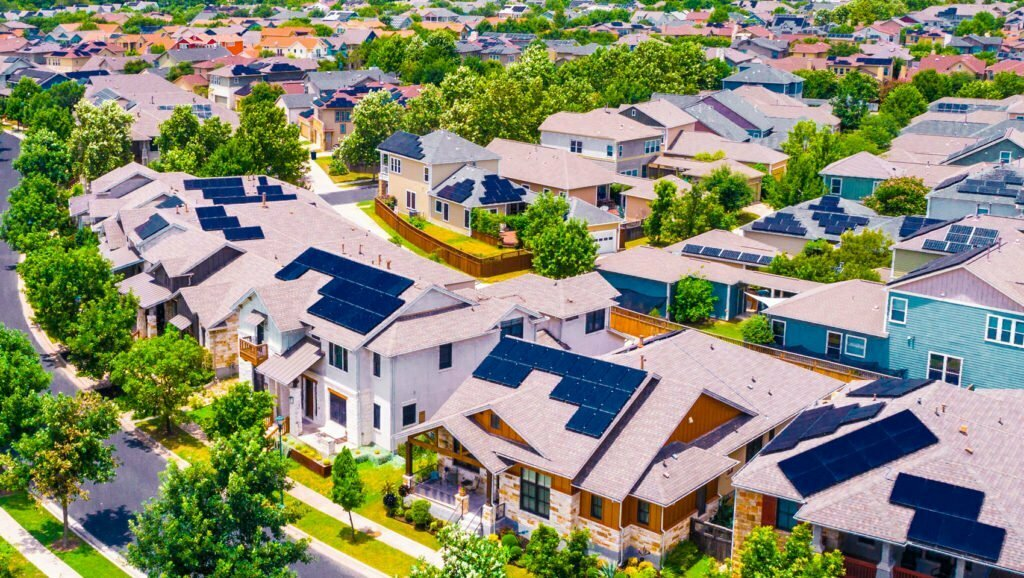 Houses-With-Solar-Panels-On-The-Roof